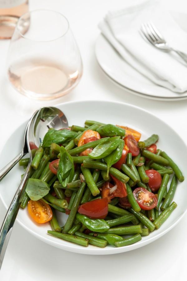 Sperziebonen salade met basilicum FoodBlaBla | styling en koken door Jacqueline Sluijter | fotografie door Sander Damen © Foodblabla