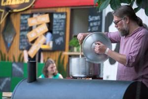 Impressie van het evenement Food Truck Festival TREK Utrecht 7-6-2014 | alle foto's ©Foodblabla