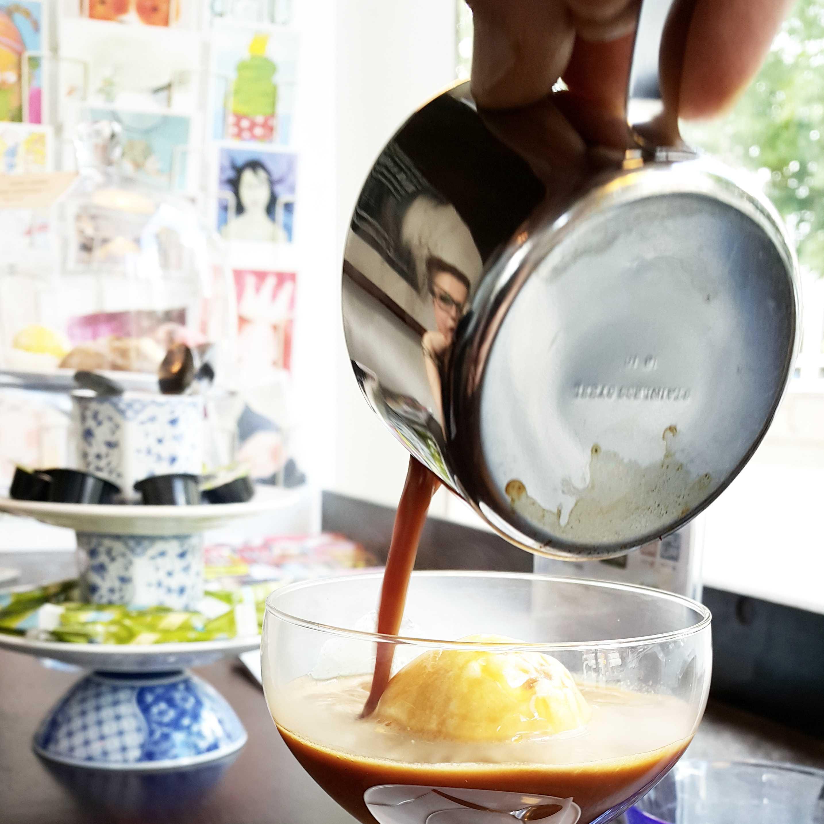 affogato bij puur koffie Velp