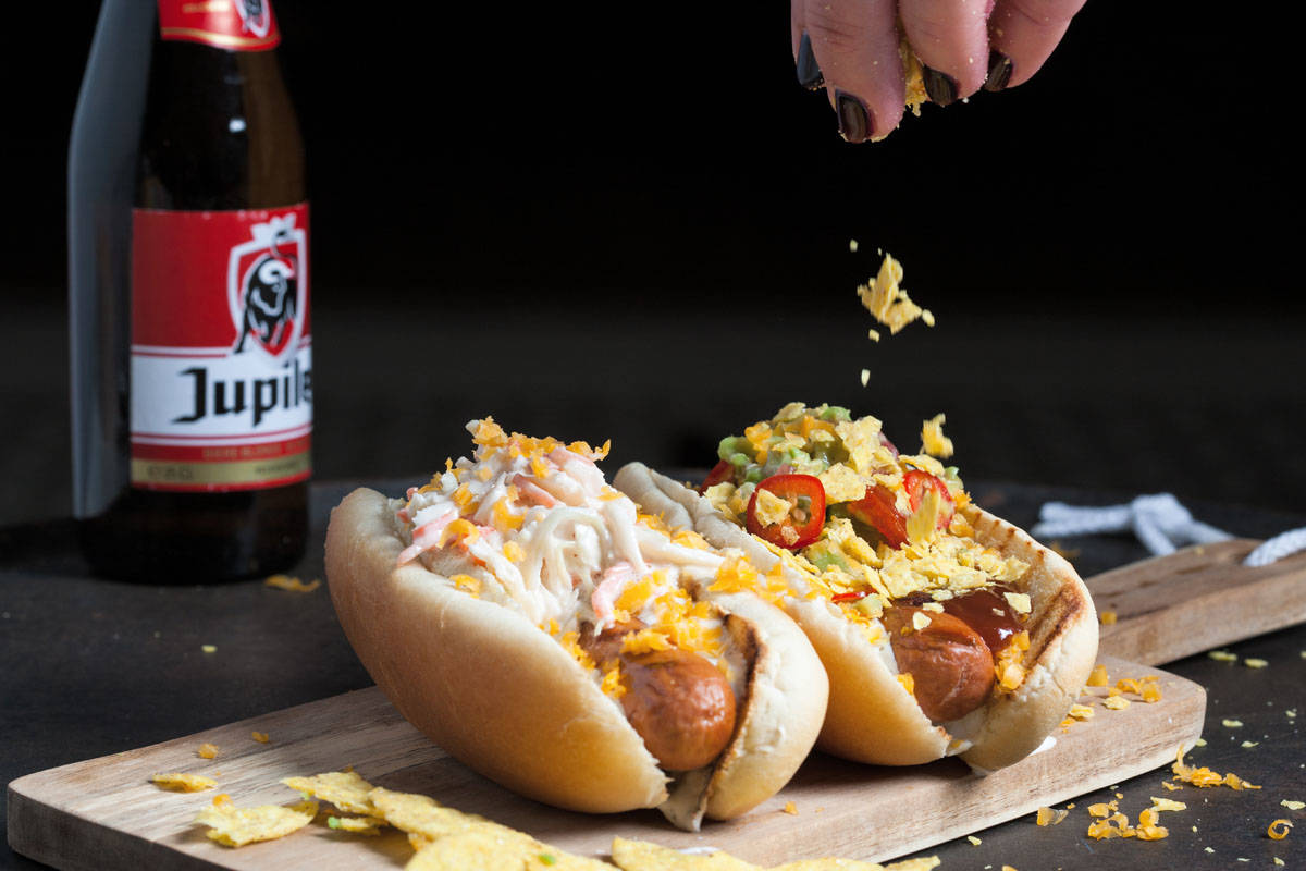hotdog and beer