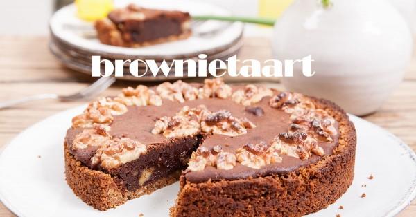 brownietaart met walnoten