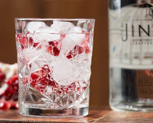 Gin tonic en granaatappel jinzu gin