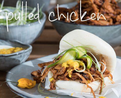 pulled chicken op een stoombroodje