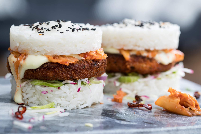 rijst-zalmburger-met-kimchi-04