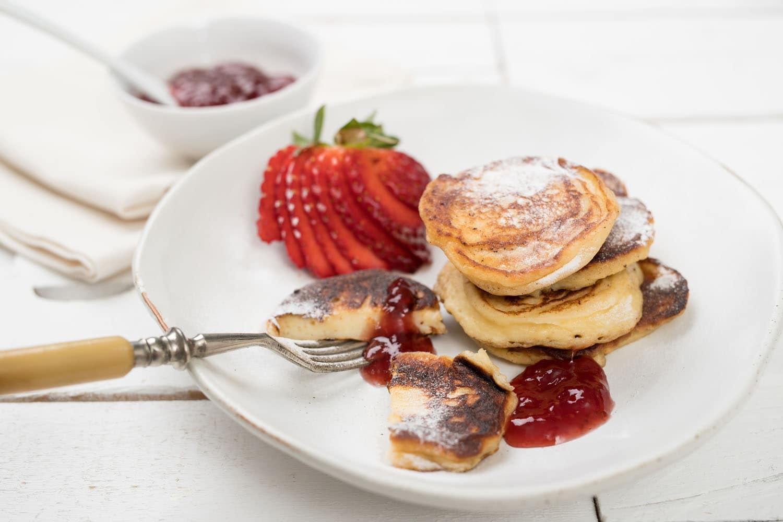 Ricotta pannenkoekjes met vers fruit