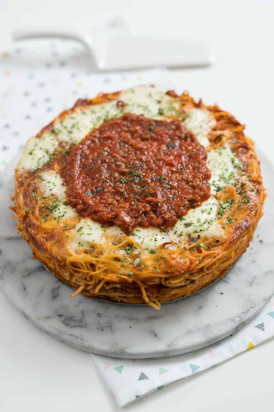 Spaghettini taart met bolognese saus